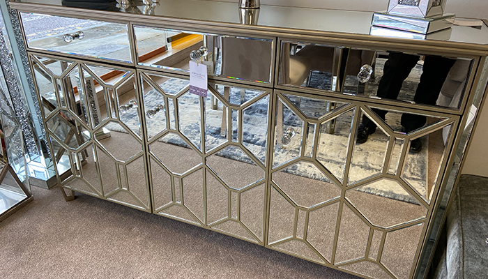 A Stylish Mirrored Sideboard!