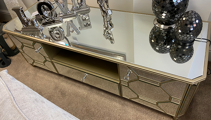A Mirrored TV Unit